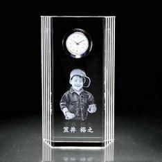 退職記念や送別記念のプレゼントにも♪|特大サイズからお手頃サイズまでバリエーション豊富!思い出の写真を形に残せる!お世話になった方への大切な贈り物に。|サイドライン|クリスタル時計|記念品.com