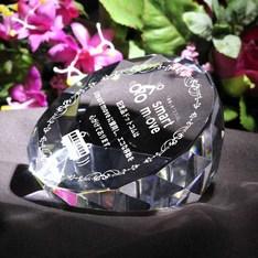 美しい輝き&高精度加工|創業記念品にピッタリ!上品でチョット高級感の有るデザインが魅力です。|DW-11レーザー|ペーパーウェイト|記念品.com